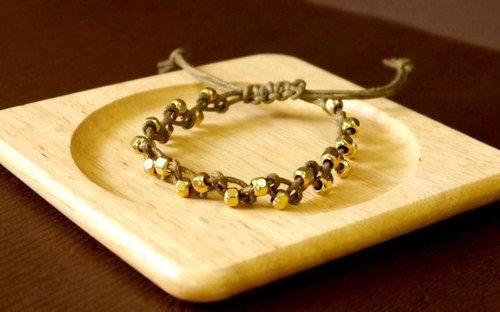 Light you up woven metal bracelet