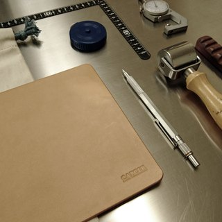 <隆鞄工坊>Leather table mat / pen pad / mouse pad
