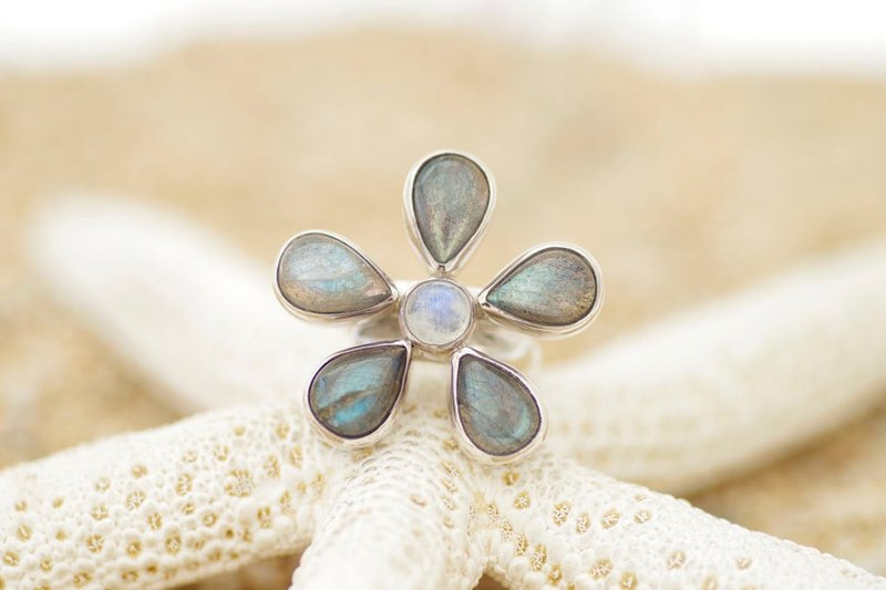 Labradorite and Rainbow Moonstone Flower Silver Ring