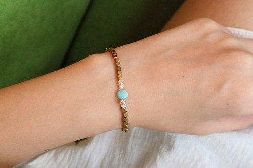 < ☞ HAND IN HAND ☜ > Soviet amazonite - Rose brass bracelet (0241)