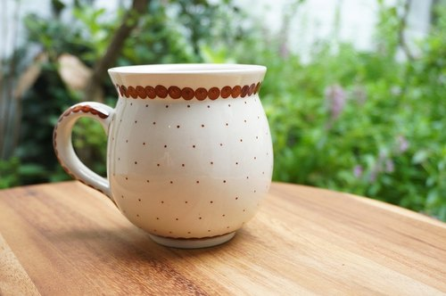 Poland handmade round belly cup (brown little)