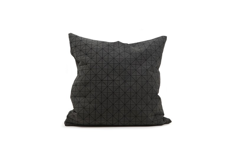 Geo origami pillow black M