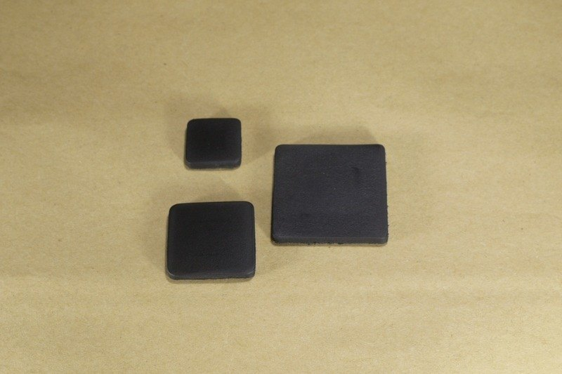 Black leather magnet Affairs / square / small