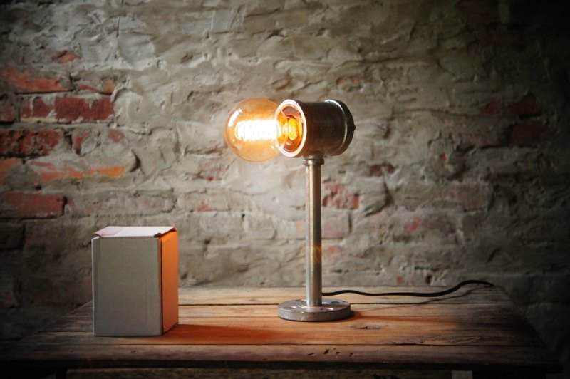 Edison-industry industrial retro style LOFT pipes touch lamps - Industrial Design Edison paragraph 4