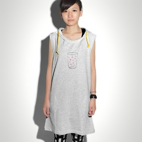 [M0326] HEY SUN independent ‧ cup pure hand-made brand of water in the end what hidden bacteria do? Hooded long board vest skirt T-shirt