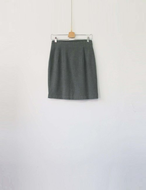 Wahr_ green skirt