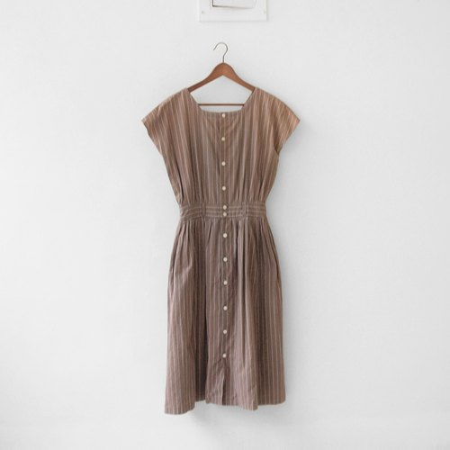 │moderato│ Nightingale stripes vintage dress │ │ Slightly retro girl young artists. Japanese fresh