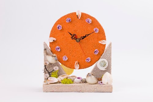 Handmade shell clock - orange / ocean wind clock