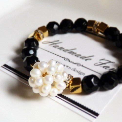 【Bouquet】 moon gem / pearl black agate bracelet
