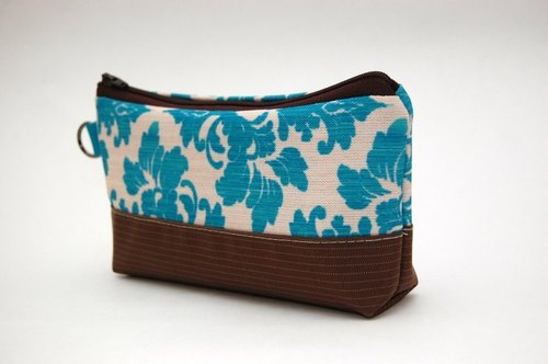 Casual-life hand-made fashion cosmetic bag / Pencil
