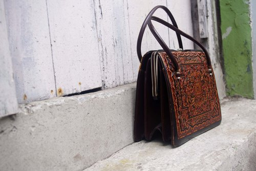 4.5studio- Japan Kanghui Shimokitazawa vintage - Thai style Inca totem burgundy leather doctor bag