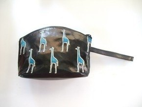 "Earth tree fair trade- ""suede"" series - small objects goatskin makeup bag (black bottom giraffe)"
