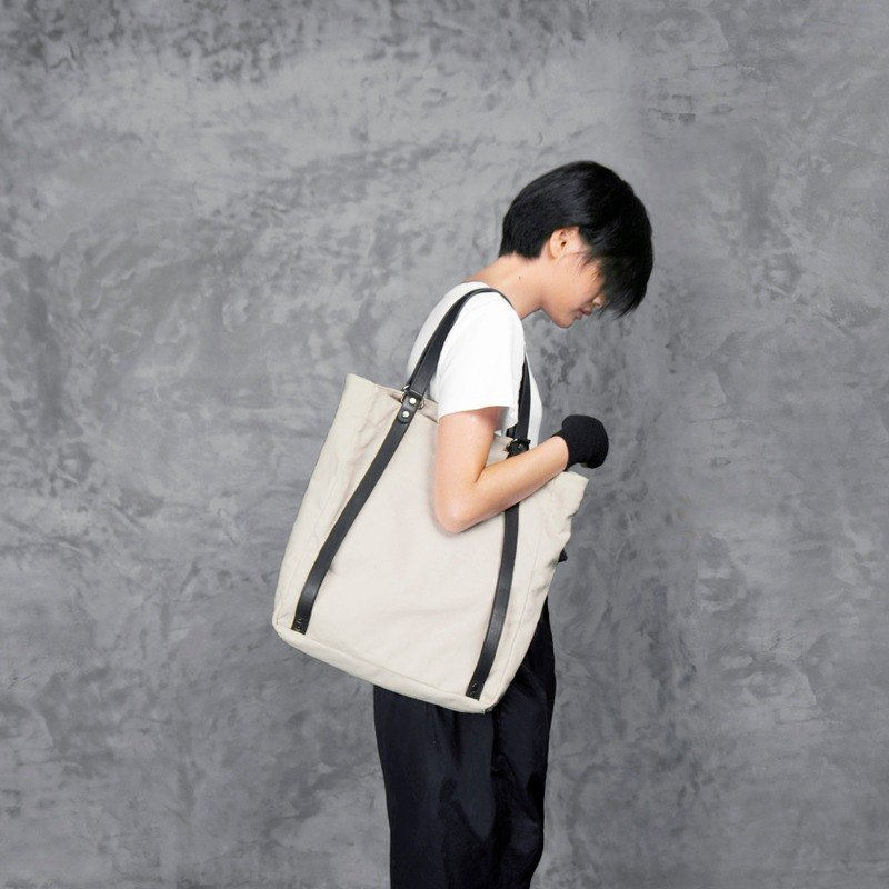 TREBLE Z / OnTheRoad canvas + cowhide shoulder bag / shoulder bag beige