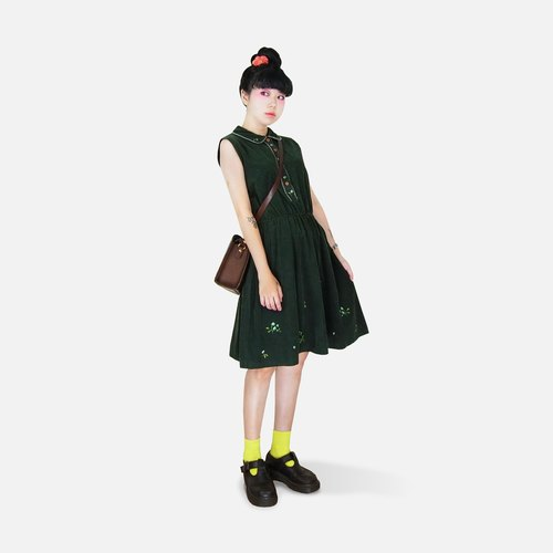 A‧PRANK: DOLLY :: VINTAGE retro with small dark green embroidery pattern waisted corduroy sleeveless vintage mini dress