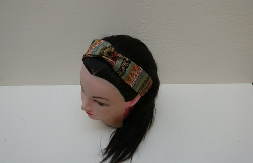 Exotic wind cross headband