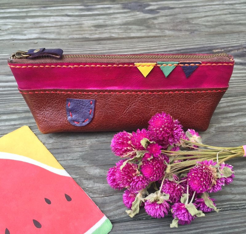 Sailboat shaped vegetable tanned leather pencil case / Pen pouch - Phloxine color