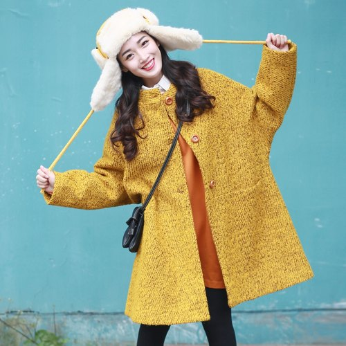Annie Chen orange single-breasted coat thick warm winter new round neck long-sleeved loose coat female