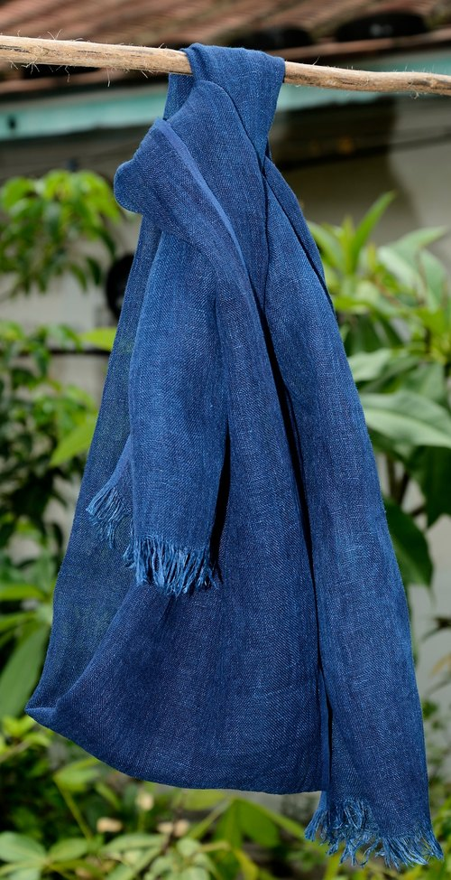 Aizen vegetable dyes linen scarves (with linen color, relatively soft)