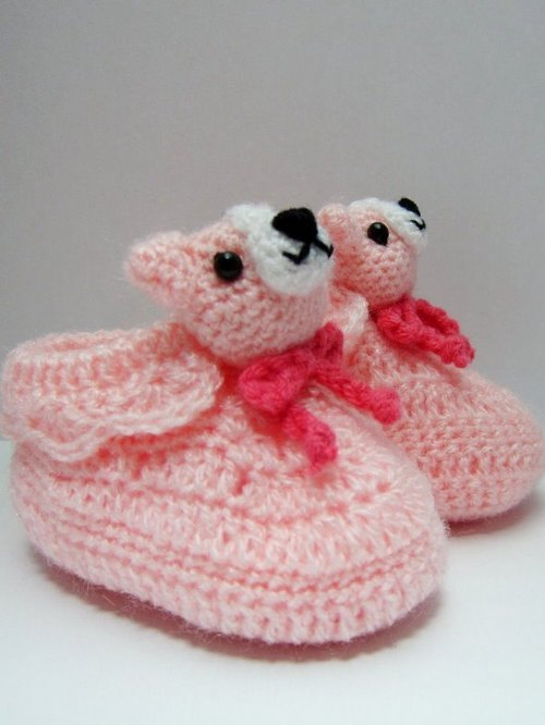 Pink dog. Baby shoes → cutest births ceremony