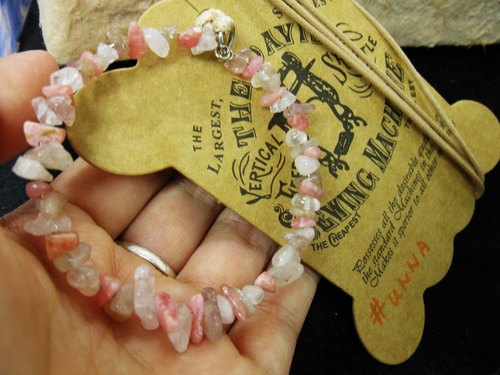 Rhodochrosite + Strawberry + rose quartz crystal pendant irregular gravel circle of rope attached to the neck, a pink only