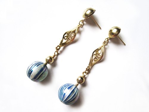 Time Travel【handmade earrings:Dream Ball】