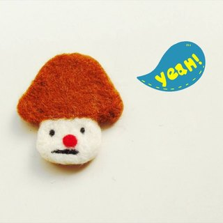 Mew in Wonderland ─ wool felt sad brown head mushroom mushroom pins