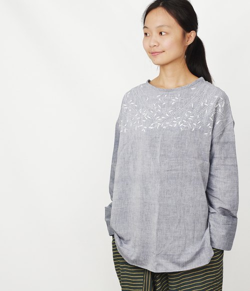 tree hand-woven embroidered long-sleeved T-shirt _ fair trade