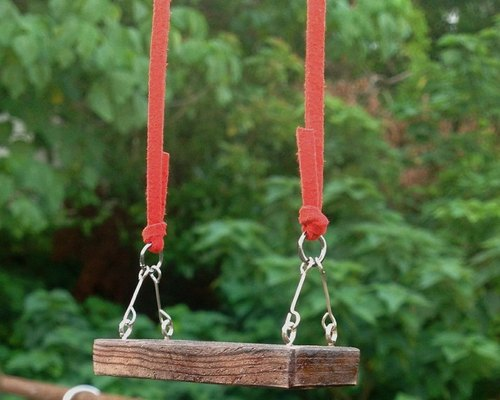 ∞ Tongwan trilogy necklace - swing, swing. Handmade wooden