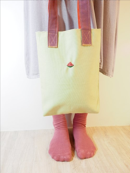 │ │ slice of watermelon children hand-embroidered small boutique bags