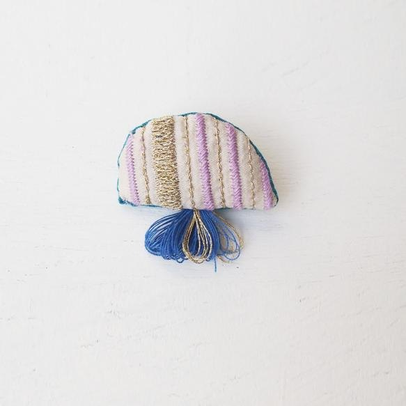 Jellyfish brooch 018 [Made to order]