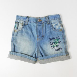 Reflexed playful denim shorts