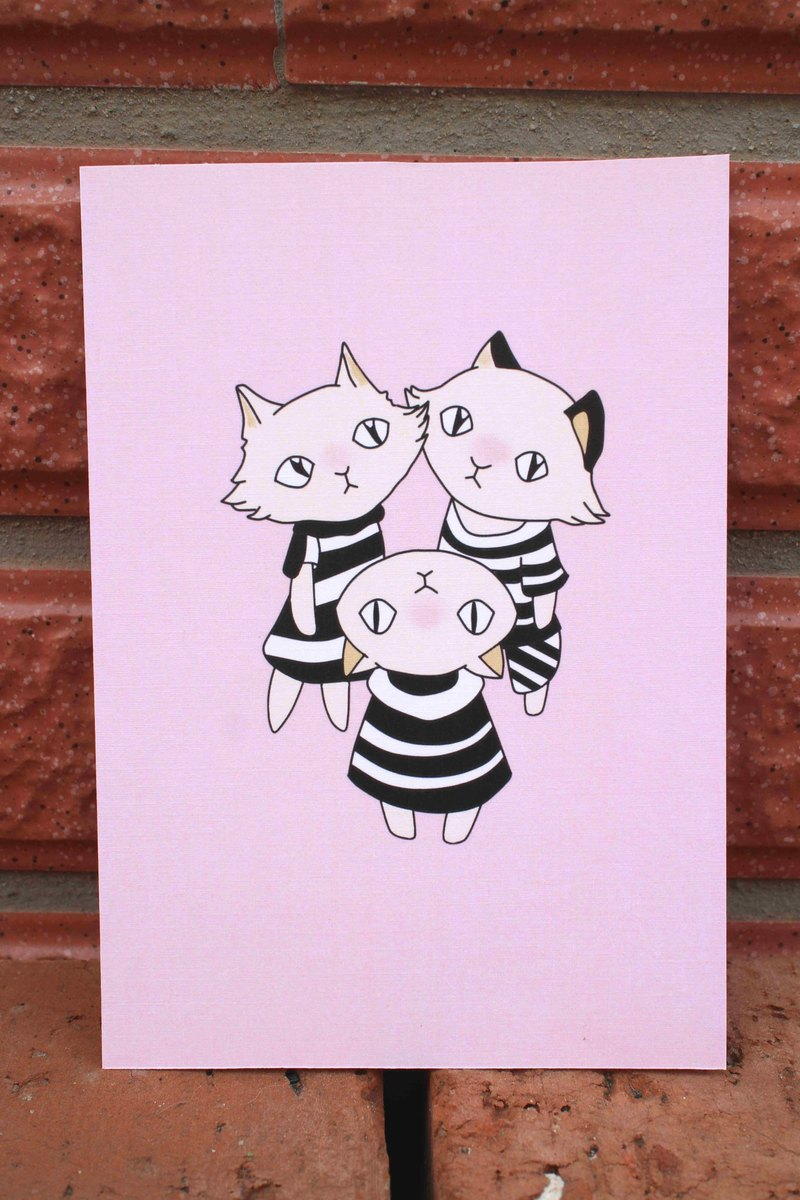 PostCard【Three Strange Cats】