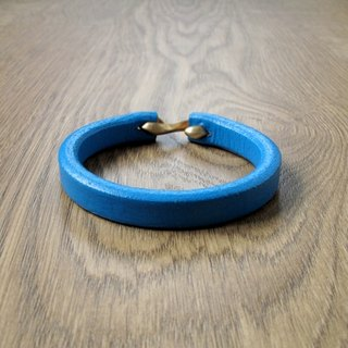 Simple wind hand-made leather bracelet (sea blue)
