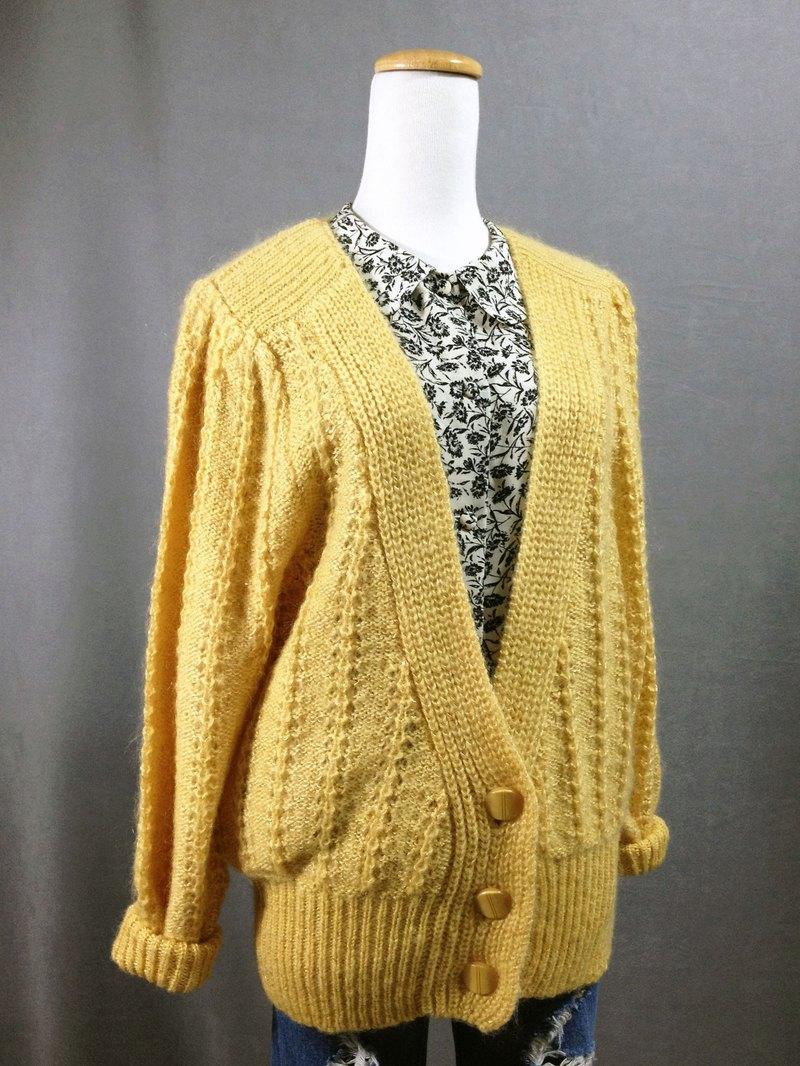 Ping-pong vintage [vintage sweater / light yellow-dyed pattern vintage sweater coat] abroad back retro sweater VINTAGE