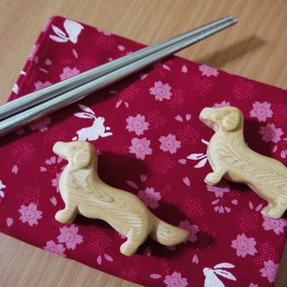 Dachshund cypress wood chopsticks holder (1 Group 2 in)