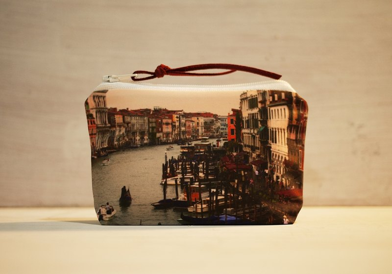 [Good] to travel purse ◆ ◇ ◆ front of the station Canal ◆ ◇ ◆