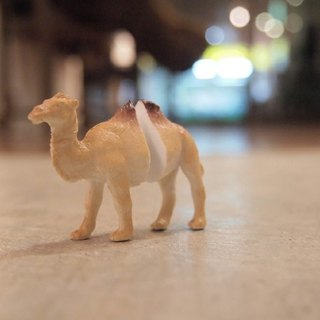 Taiwan original Magic Double M Animal earrings - Camel articles