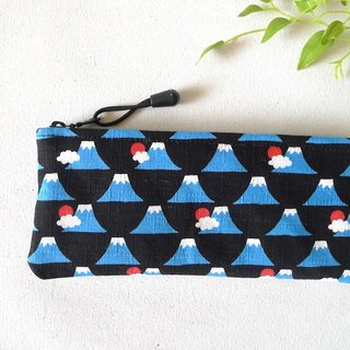 ✎ Mount Fuji in Japan | flat type universal bag / pouch | Small