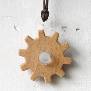 Gear Rotating Series - Beech Gear Necklace - Transparent Acrylic