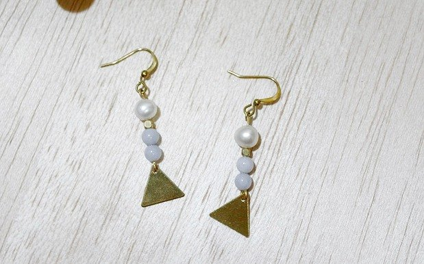 Brass natural stone * Jane Blue X * - Hook Earrings