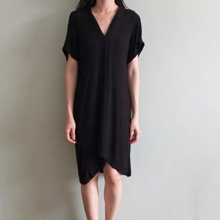 Pinch V-neck black irregular silk cotton dress (hot money) can be used as maternity wear