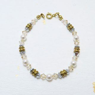 Pyramid ◆ golden - Swarovski Crystal Pearls / Japan Pearl / Brass / bracelet bracelet gift custom design