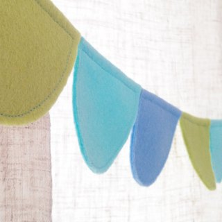 20 - small semicircle ♩♩ / shake skirt / handmade cloth banners as well as storage bags