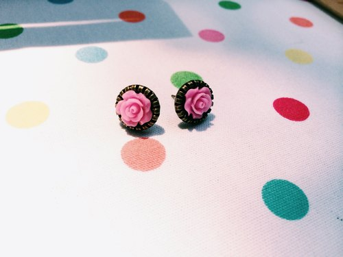 """Earrings"" retro small rose - pink and purple"