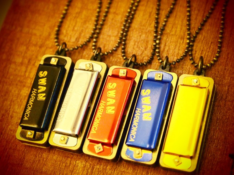 Retro mini harmonica long necklace Mini harmonica (fine beads paragraph)
