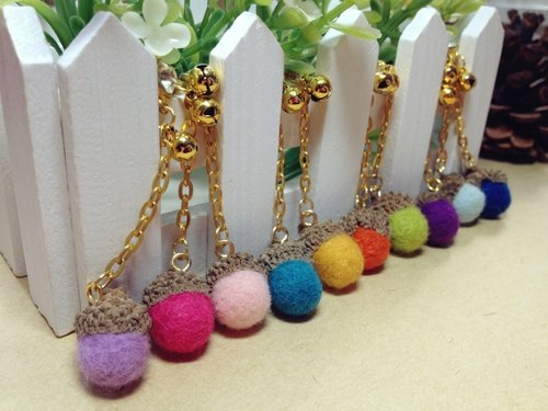 [Hairy] cream wool felt handmade phone strap lovely oak fruit headset plug dust plug birthday gift wedding small objects