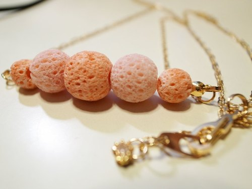 Lovers coral necklace - peach pink (only 1)