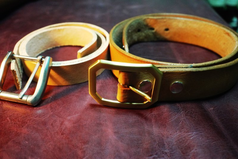 All handmade leather belt primaries in South America