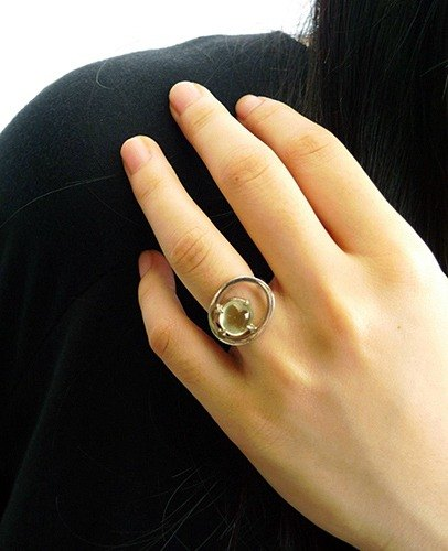 Ultra-clear natural grape stone shape ring ~ Happy Green ~ hand made poetry, Christmas happiness!
