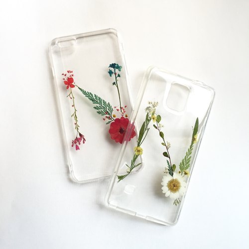 N for Nancy:: initial pressed flower phonecase